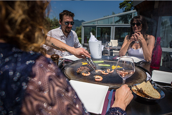 about-BBQ-table